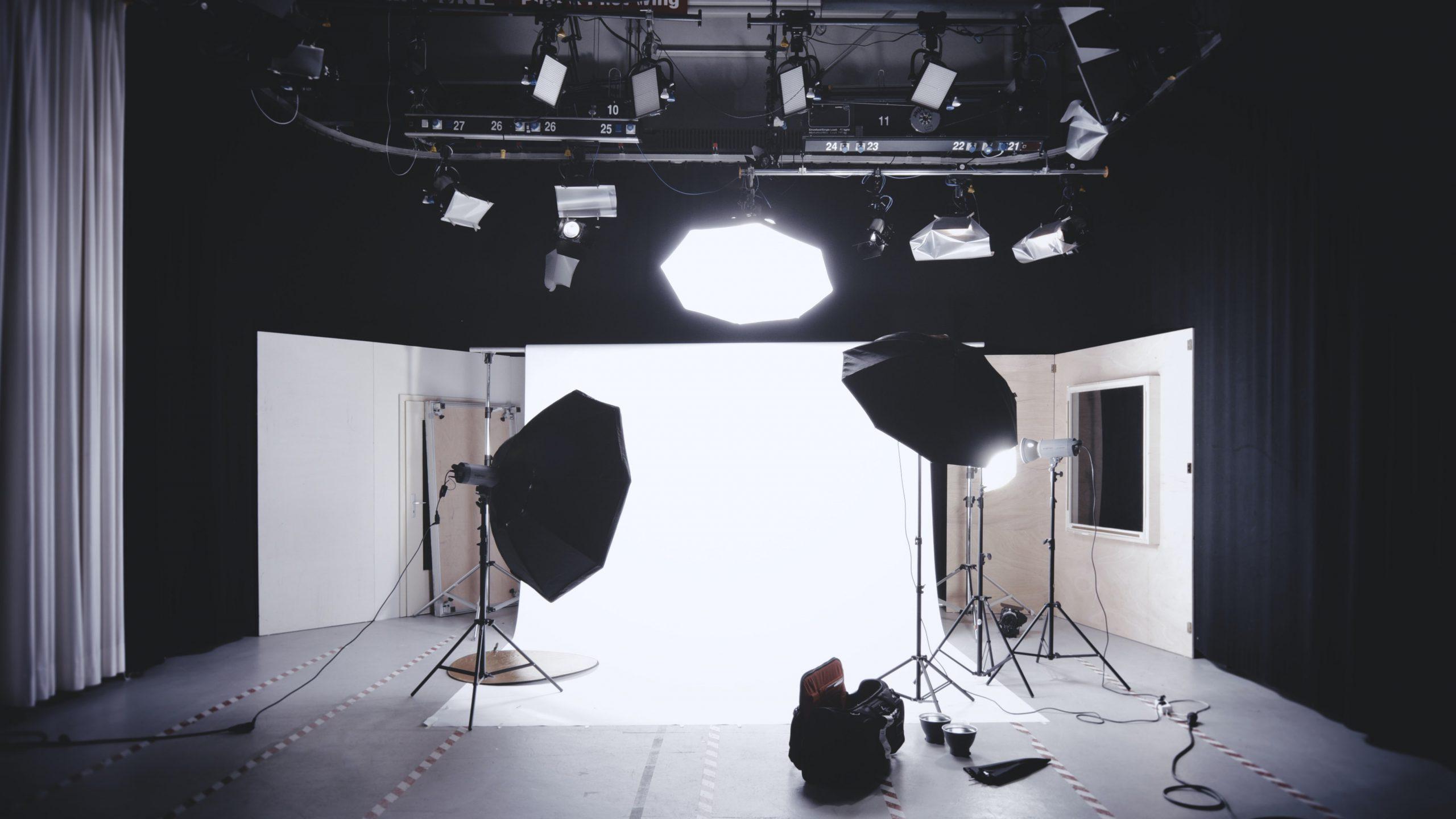 events-photoshoot-slideshow-01-scaled