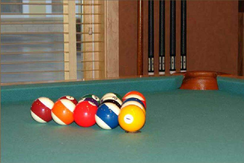 pool table close-up