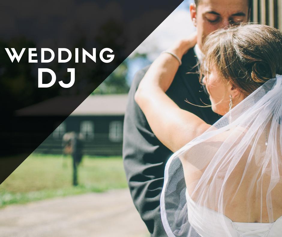 Wedding DJ Service Milwaukee The Knot's Best of Weddings 2019 Award Winner Best Customer Service