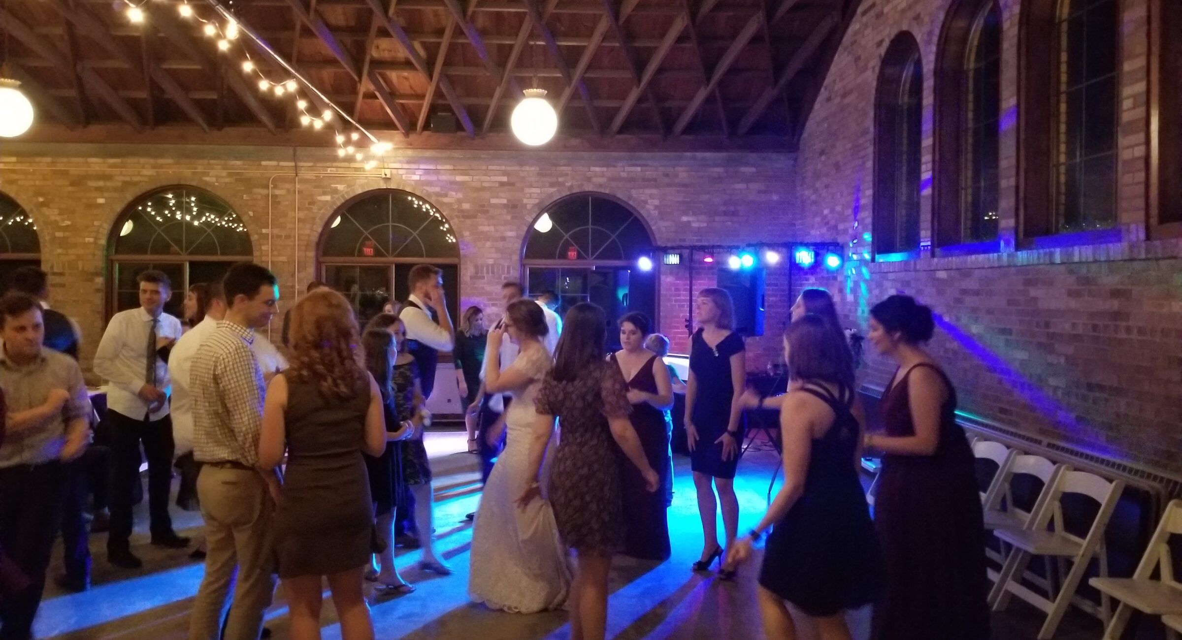 DJ lighting at the South Shore Pavilion in Milwaukee from Milwaukee Underground Productions DJ Service | A full Service Wedding DJ Company