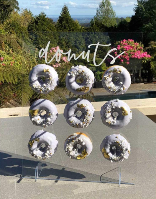clear donut wall from amazon