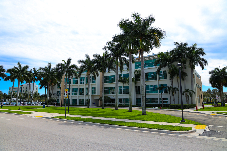 FAU Charles E. Schmidt College Of Medicine