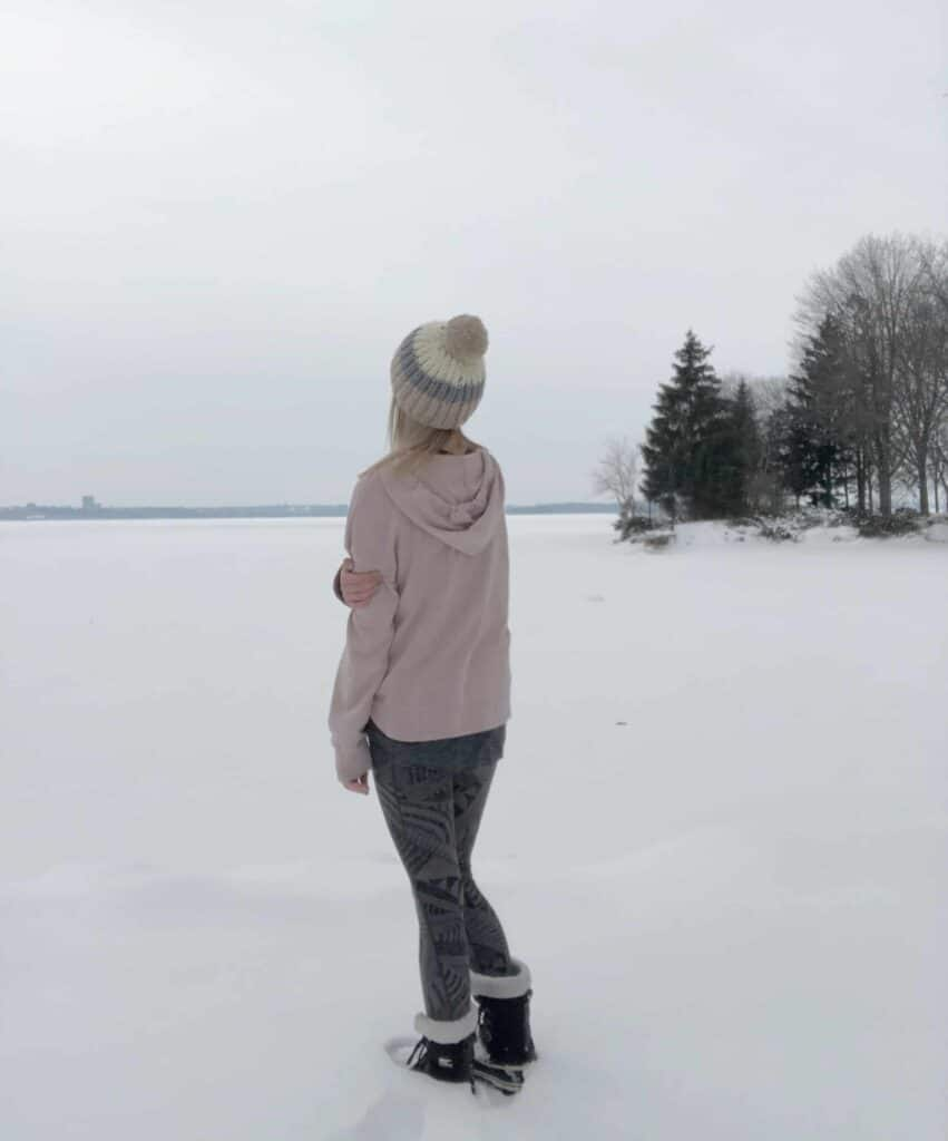Free Winter Hat knitting Pattern