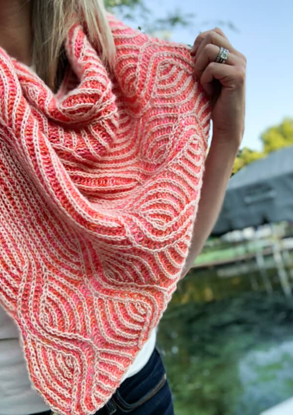 Increasing and decreasing in brioche knitting