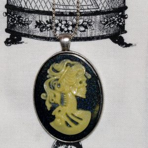 VICTORIAN LADY SKELETON CAMEO NECKLACE - NATURAL BONE