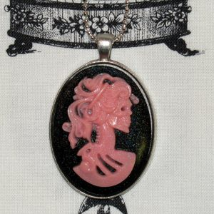 VICTORIAN LADY SKELETON CAMEO NECKLACE - PINK