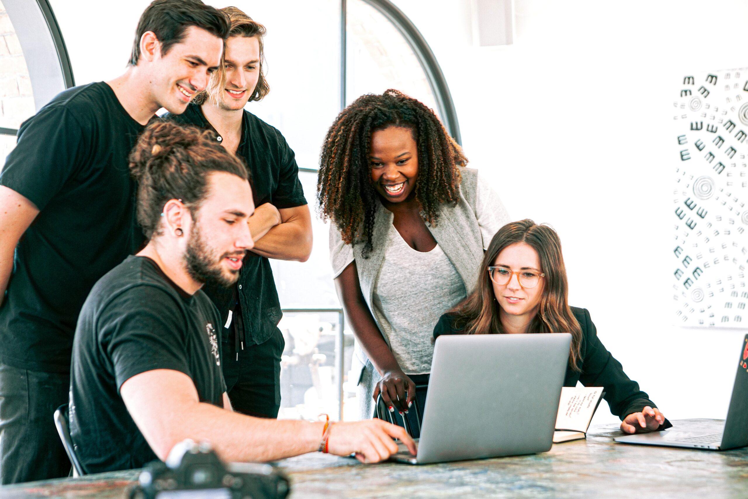 laptop-office-working-men-3153201