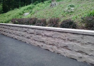 Gilroy-Techo Bloc Retaining Wall in Mojave beige