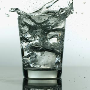 5 Reasons to Drink More Water Now!