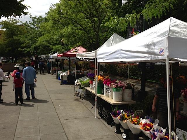 Bellevue Farmers Market 2013 Saturday