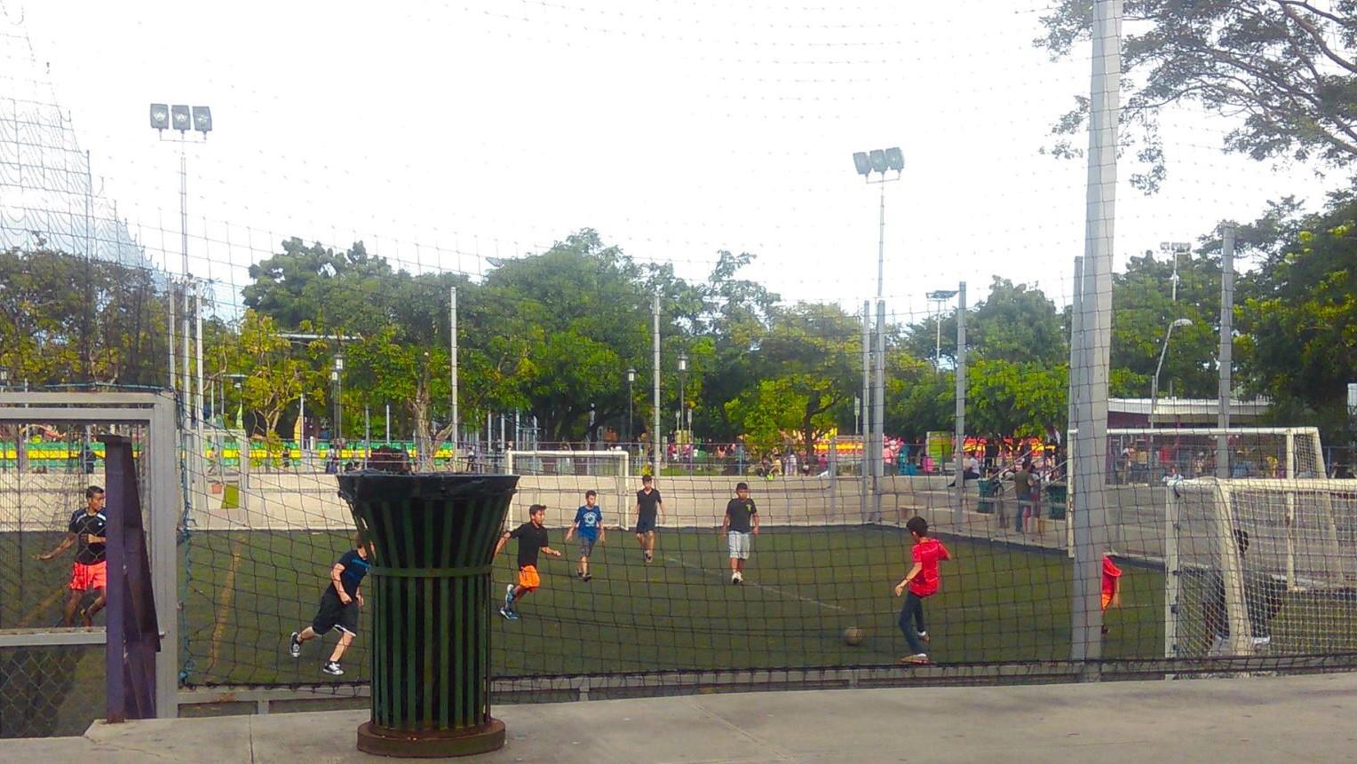 ¿Dónde jugar Fútbol sala en Managua?
