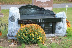 Hrim-black-bench-2