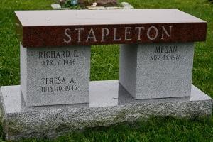 Stapleton-Cremation-Style-Bench.jpg