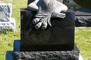 sculpted angel - weeping angel - black - grave stone