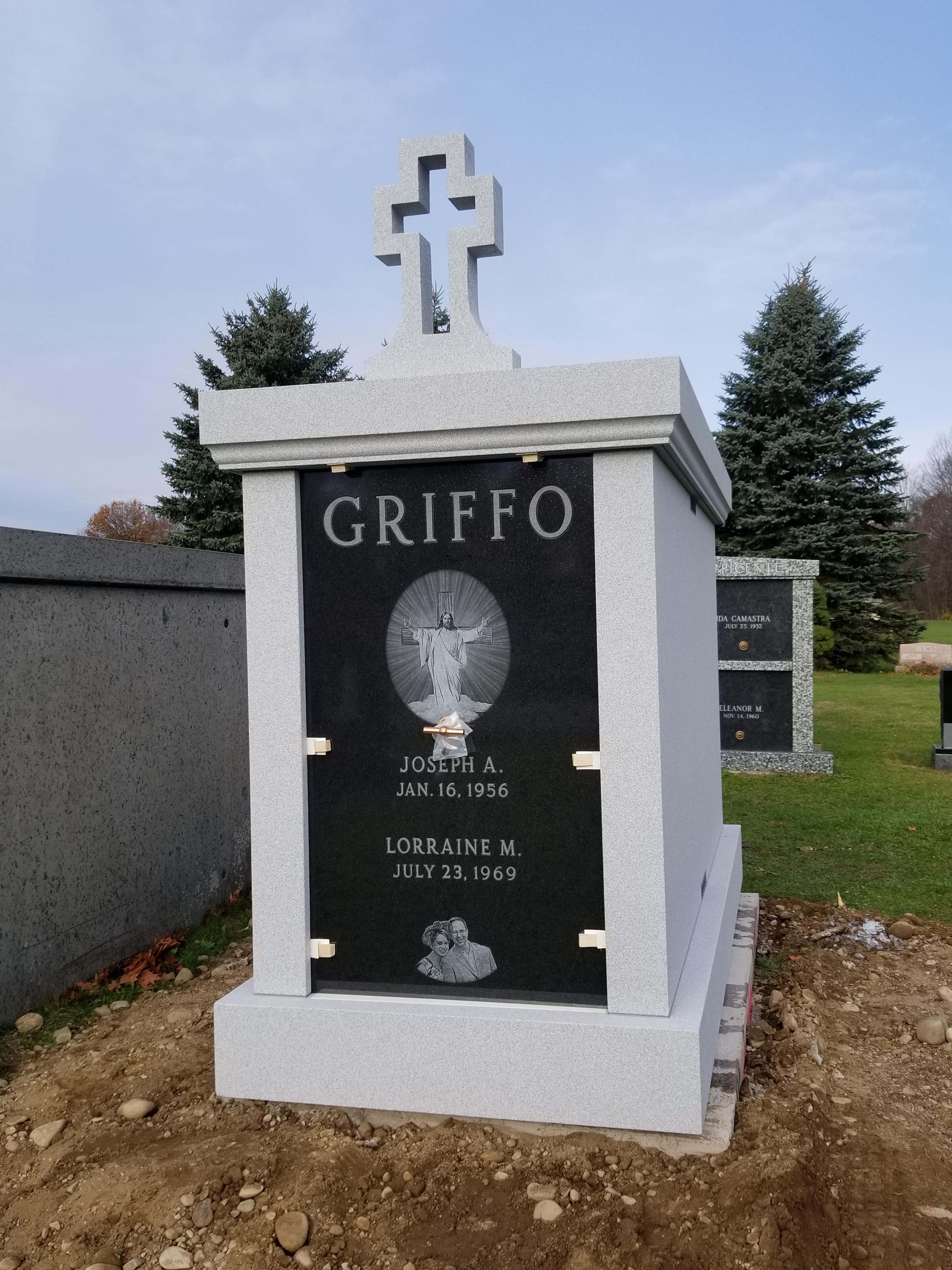 Griffo-Mausoleum