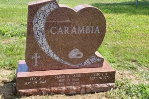 Carambia-Red-Special-Shape-Heart-Upright