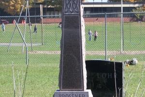 Prossner Celtic Cross Upright.jpg