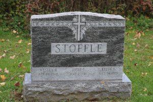 Stoffle-blue-upright
