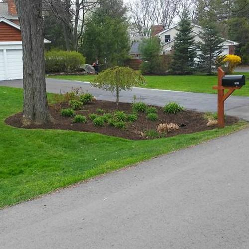 expert mulch installation Bloomfield Hills, MI
