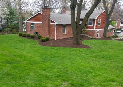 mulch installation professionals Bloomfield Hills, MI