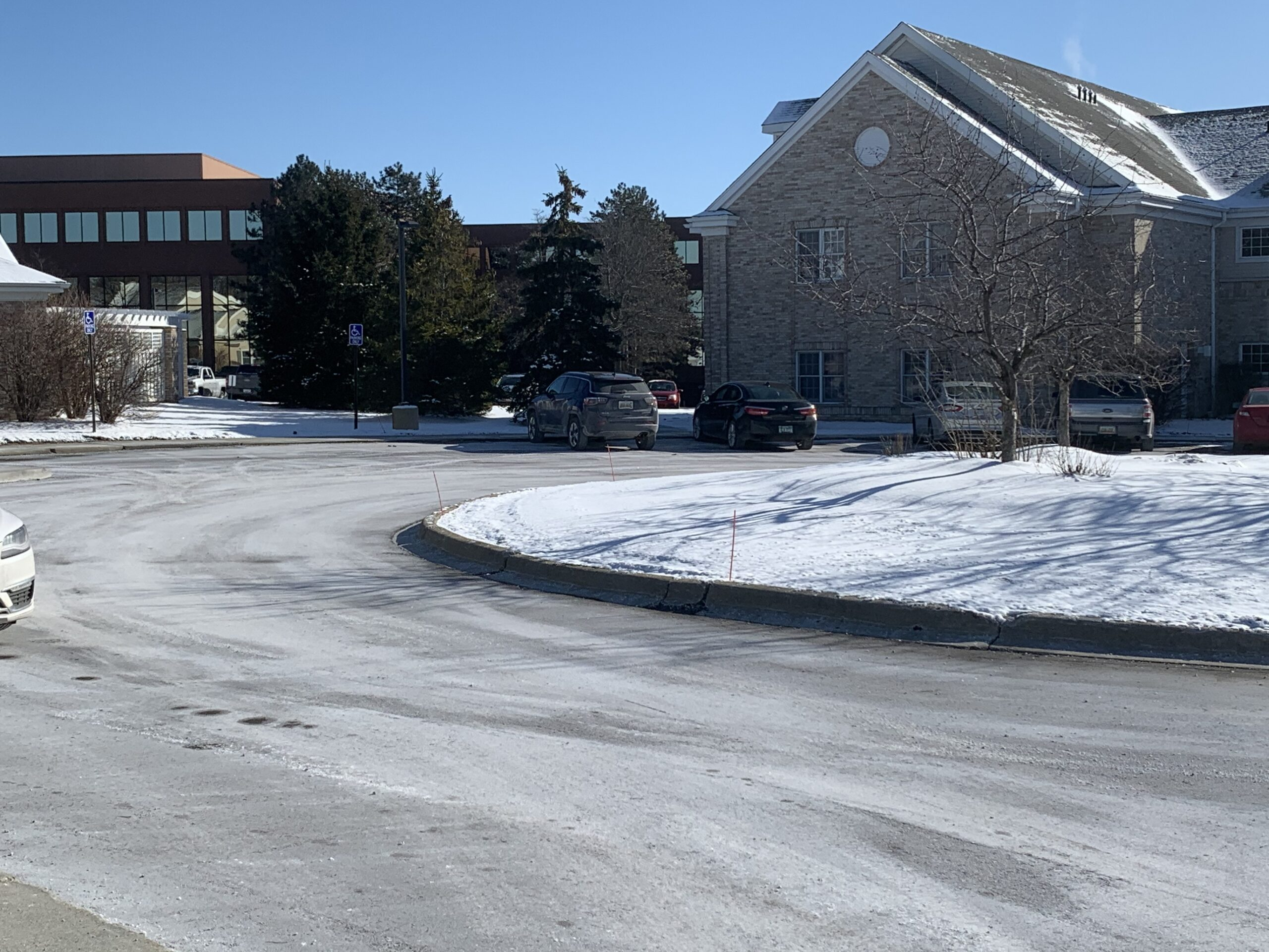 snow removal services Bloomfield Hills, MI