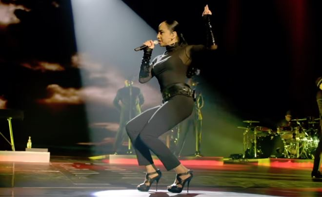 Sade – Soldier Of Love (Live 2011)