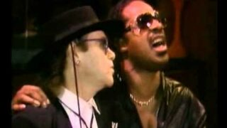 Dionne Warwick, Stevie Wonder, Elton John, Gladys Knight – That's what friends are for
