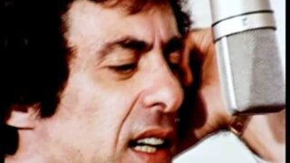 Frankie Valli & The Four Seasons – Who Loves You (1975)