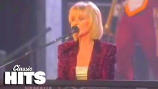Fleetwood Mac – Don't Stop (Live)