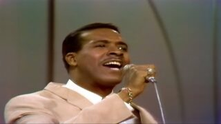 "Four Tops ""Reach Out I'll Be There"" on The Ed Sullivan Show"