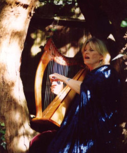 Ani at Chalice Well, Glastonbury, photo Eileen Nauman
