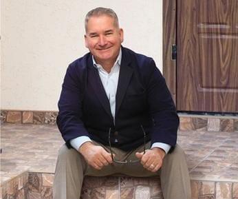 Robert Slawinski Auctioneers