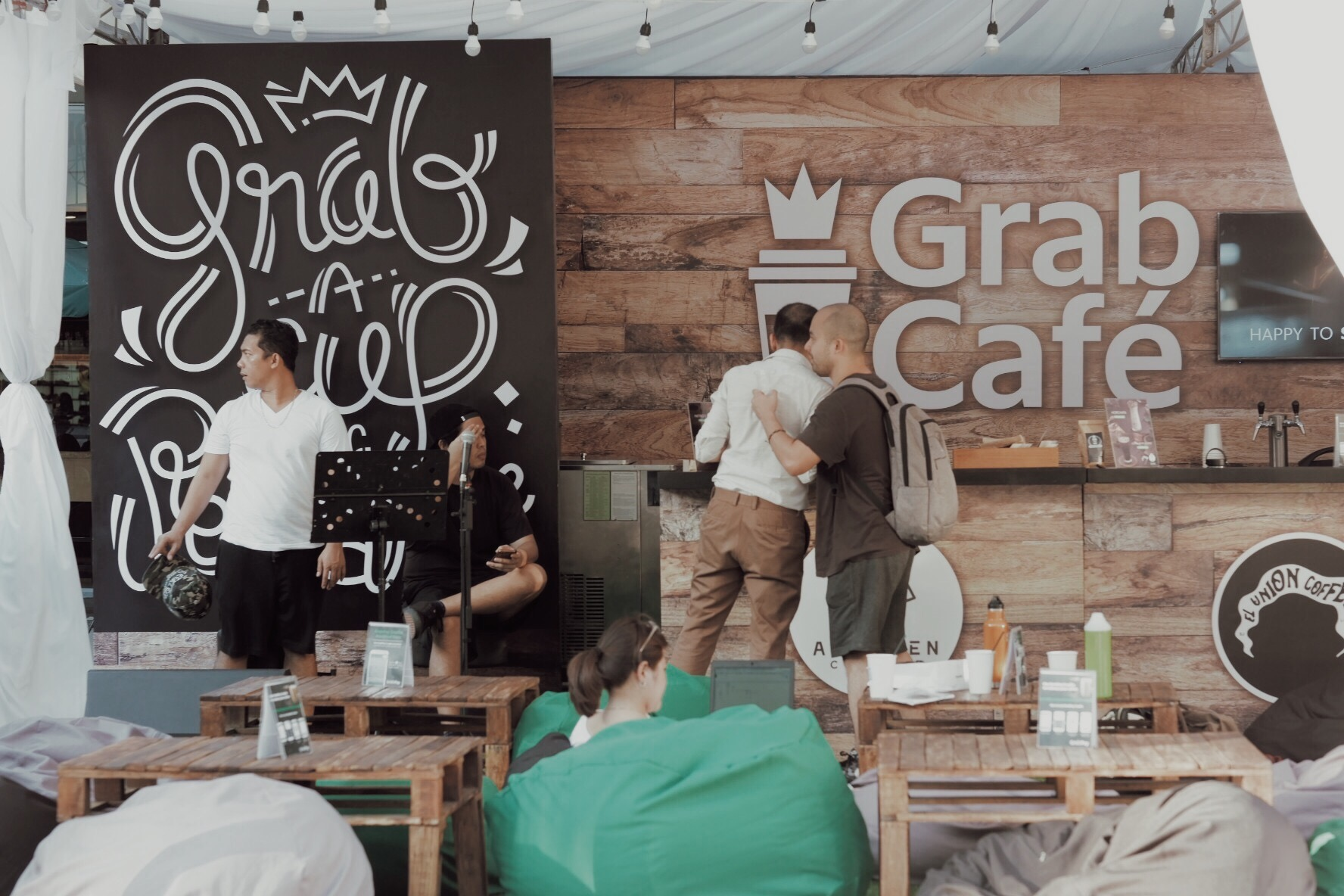 Good Coffee, Fun Items and Chill Nights at GrabCafé