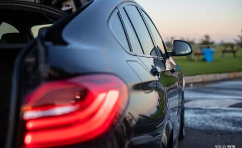 BMW X4 details ii
