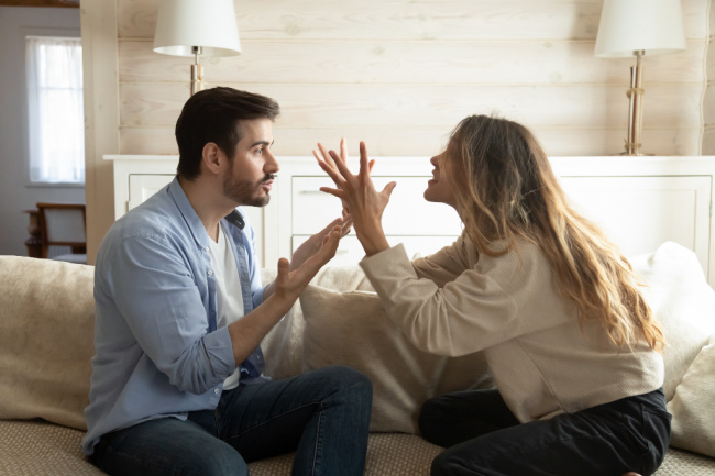 Relationship red flags to watch out for