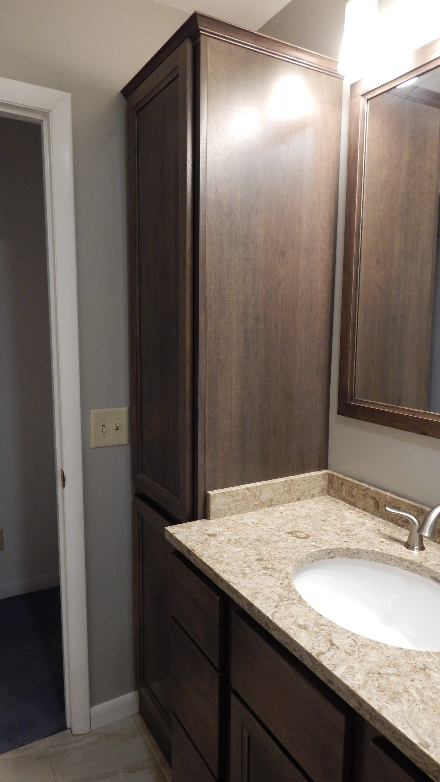 Nolan bathroom 6