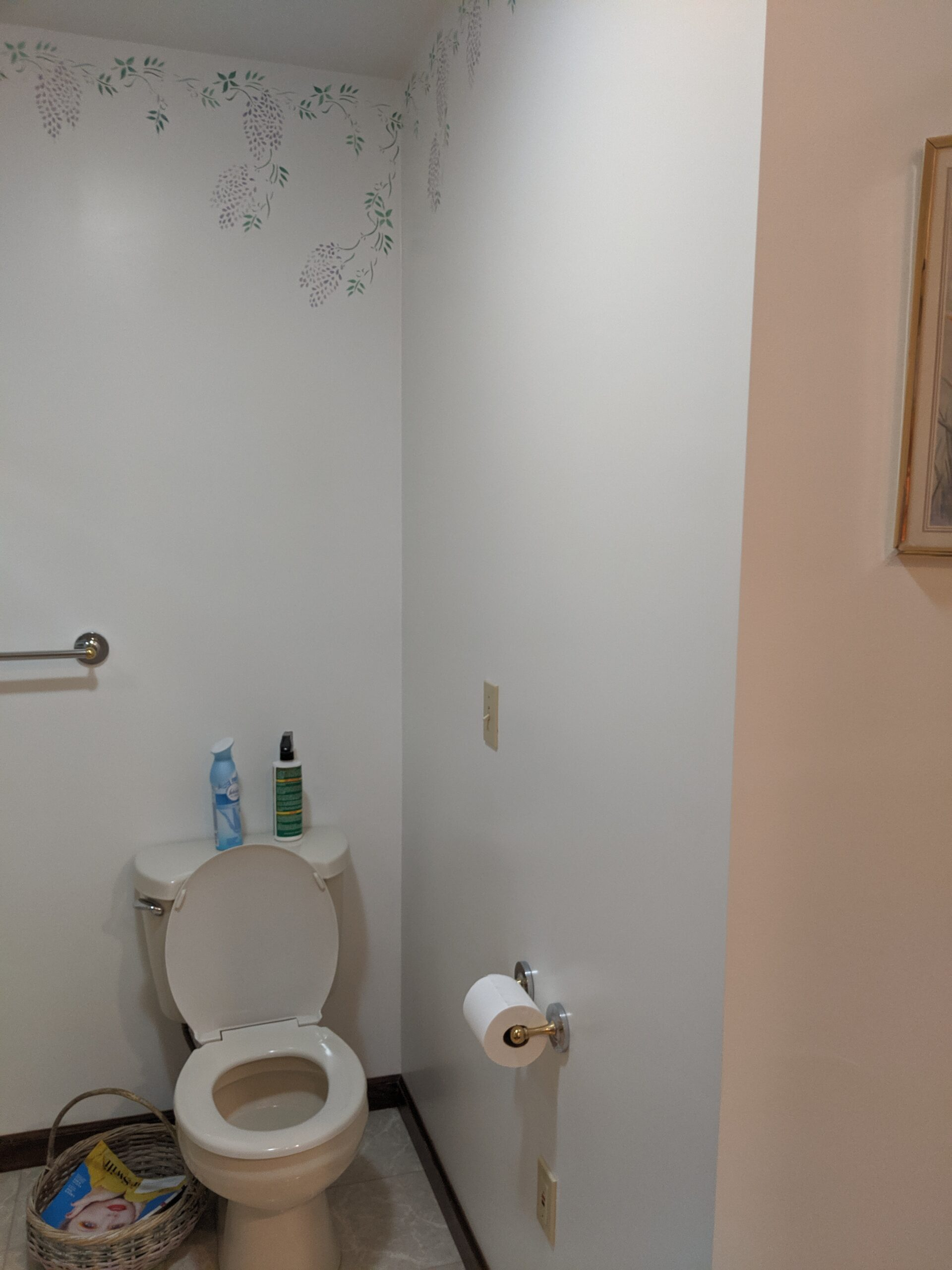 Showing the commode area before the renovation