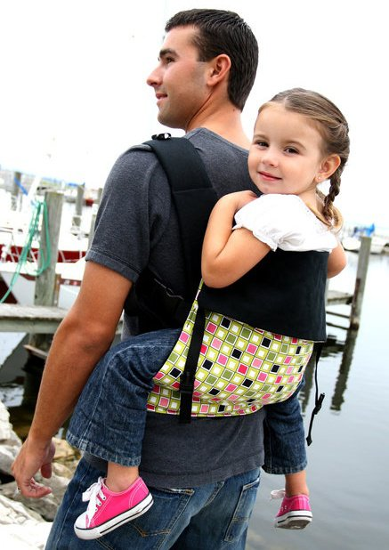 Action baby carrier, baby carrier review, attachment parenting