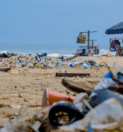 piles-of-garbage-by-the-shore