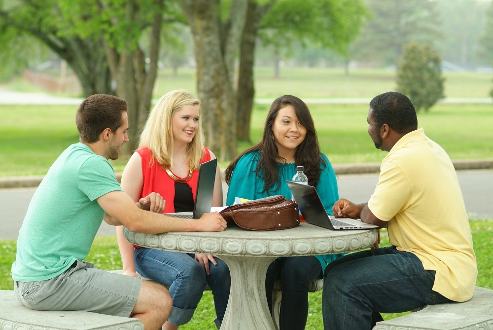 Choosing the Right College: Questions for College Visits