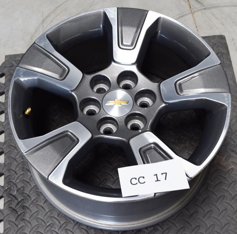 Chevy Colorado 17 inch wheel