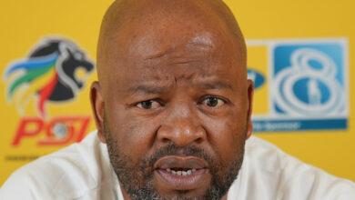 Manqoba Mngqithi Wants Mamelodi Sundowns to Respect Golden Arrows!