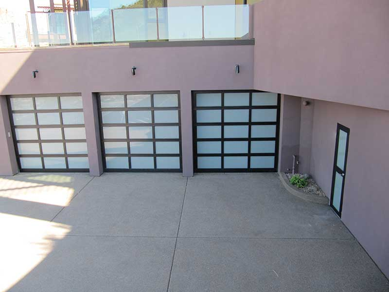 Everything You Need to Know About Glass Garage Doors