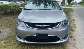 2017 CHRYSLER PACIFICA full