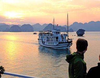 Sunset at Ha Long Bay