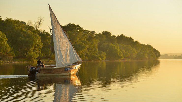 A dhow boat on the Zambezi. Source: Jenman Safaris
