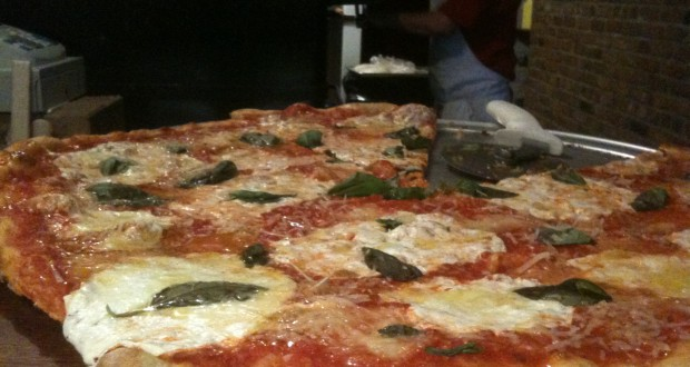 South Brooklyn Pizza E. Village Outpost: Deliciously Pricey