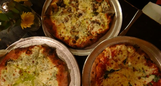 EVO in Charleston Makes Solid Pies With Creative Toppings