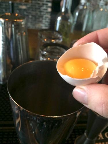 add_egg