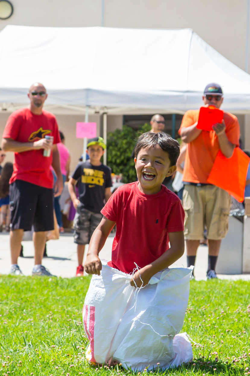 Santa Paula kids playing